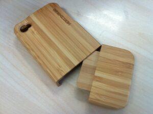 iPhone tok fa mintázattal